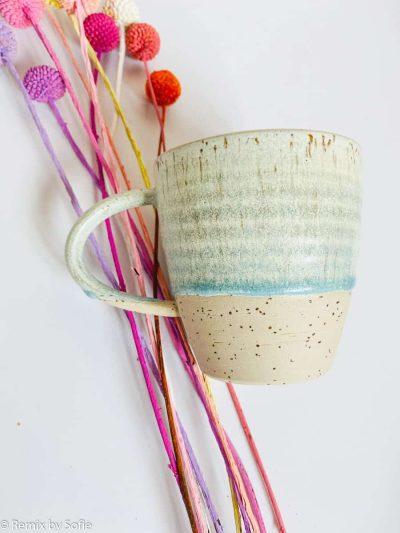 krus med hank, kop, krus, ember keramik, émber keramik, remix by Sofie. med hank blåmint