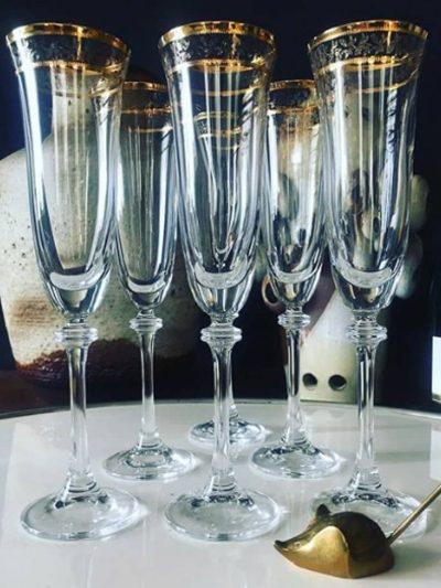 champagne glas med guldkant