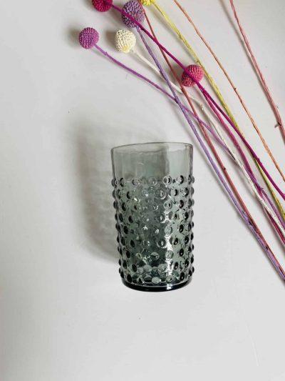 anna von lipa, anna von lipa pindsvine glas, pindsvineglas, vandglas, drikkeglas, glas i pindsvineglasPindsvineglas grey smoke