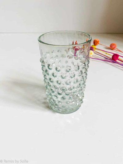 anna von lipa, anna von lipa pindsvine glas, pindsvineglas, vandglas, drikkeglas, glas i pindsvineglaspindsvineglas i lysegrå