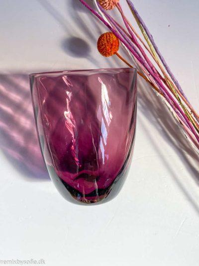 anna von lipa swirl glas i mørk violet