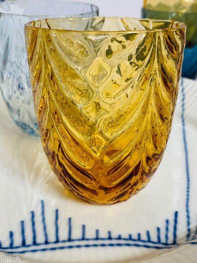 Anna von lipa wawe i mørk amber