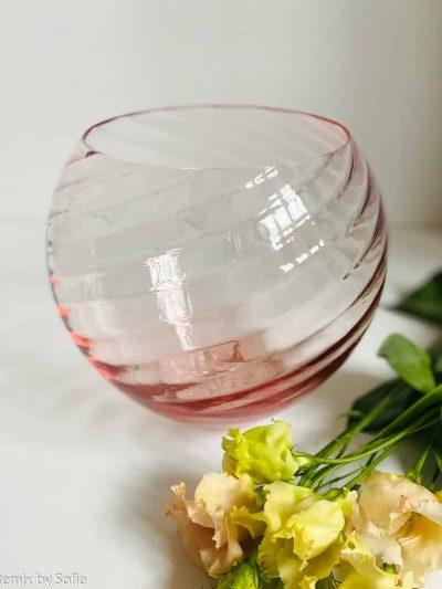 anna von lipa swirlvase, vase, blomstervase, glasvase i lyserød, mundblæst glas