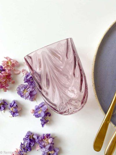 anna von lipa wawe i lys violet, mundblæst glas, vandglas, drikkeglas, handblown glass, glassest