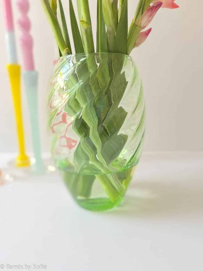 anna von lipa, swirl vase, anna von lipa vase, grøn vase, swirl vase, blomstervase
