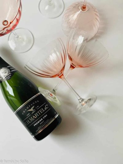 champagneglas, champagne glas, champagneskål, skåle i champagneglas, waterfall effekt, rosa champagneskål,