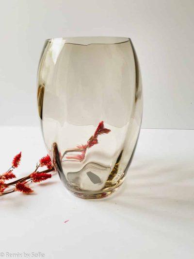 anna von lipa, anna von lipa vase, anna von lipa glas, mundblæst glas, elipse vase, lys choklade, kashmier