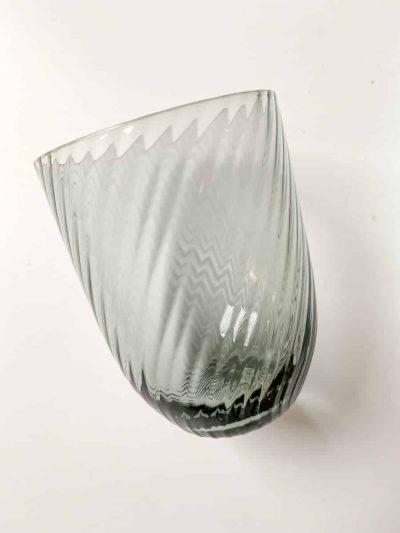 spiral glas, anna von lipa mix & match, swil glas, wawe glas, harlekin glas, tumbler, vand glas, drikkeglas, drinking glass, farvet glas, boliginteriør, borddækning, glas fra anna von lipa