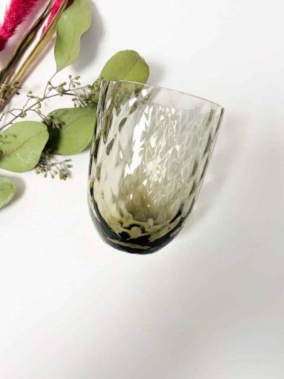 harlekin glas, anna von lipa mix & match, swil glas, wawe glas, harlekin glas, tumbler, vand glas, drikkeglas, drinking glass, farvet glas, boliginteriør, borddækning, glas fra anna von lipa