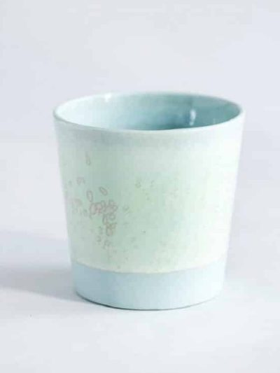 lena pedersen, remix by sofie, kaffekop, keramik, krystalglasur, keramik kop, pastelfarver, pastelkop,
