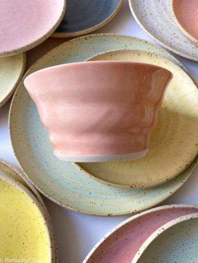 lyserød skål, skål, morgenmadsskål, skål tilmorgenmad, snackskål, rikke magelesen keramik, porcelænsskål, skål i porcelænsler, remix by sofie