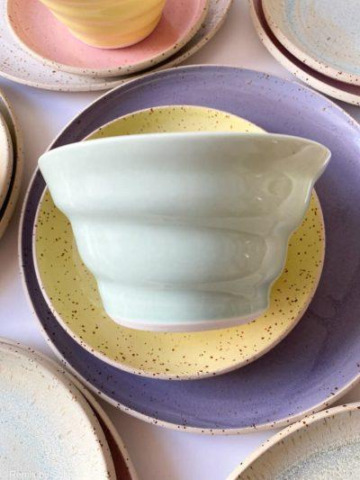 mintgrøn skål, skål, morgenmadsskål, skål tilmorgenmad, snackskål, rikke magelesen keramik, porcelænsskål, skål i porcelænsler, remix by sofie