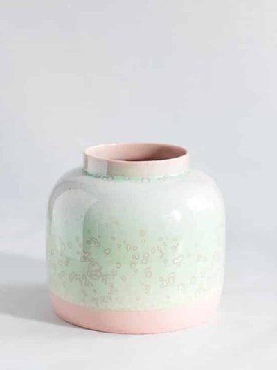 lena pedersen, remix by sofie, vase, bred vase, pastelfarver, keramik, keramik vase, keramikvase,