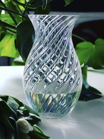 oslo vase, anna von lipa, anna von lipa glas, vase, swirl vase, blomster vase