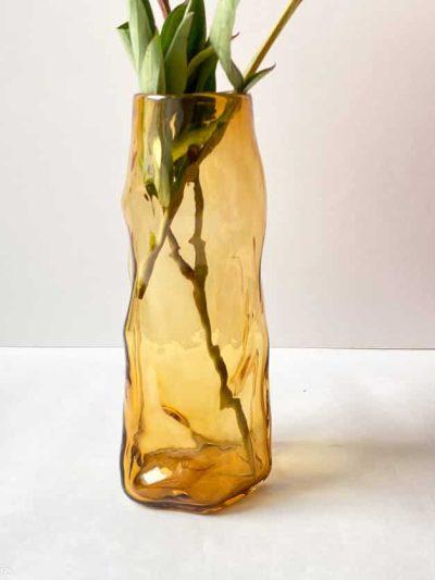 marie retpen vase, vaser, blomster vase, mundblæst glas, blomstervasemundblæst vase, krøl vase, vase i organisk form, krølvase, remix by sofie